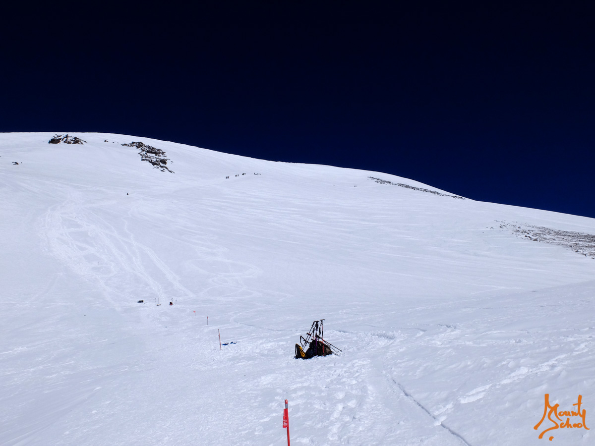 Ski tour to Elbrus 2016 12